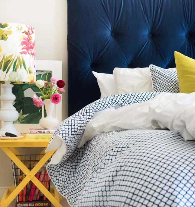Cómo hacer un respaldo de tela para tu cama.