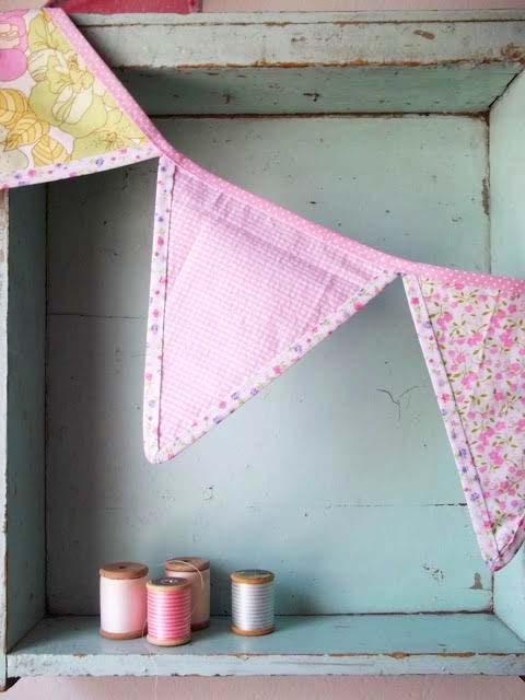 banderines hechos con tela