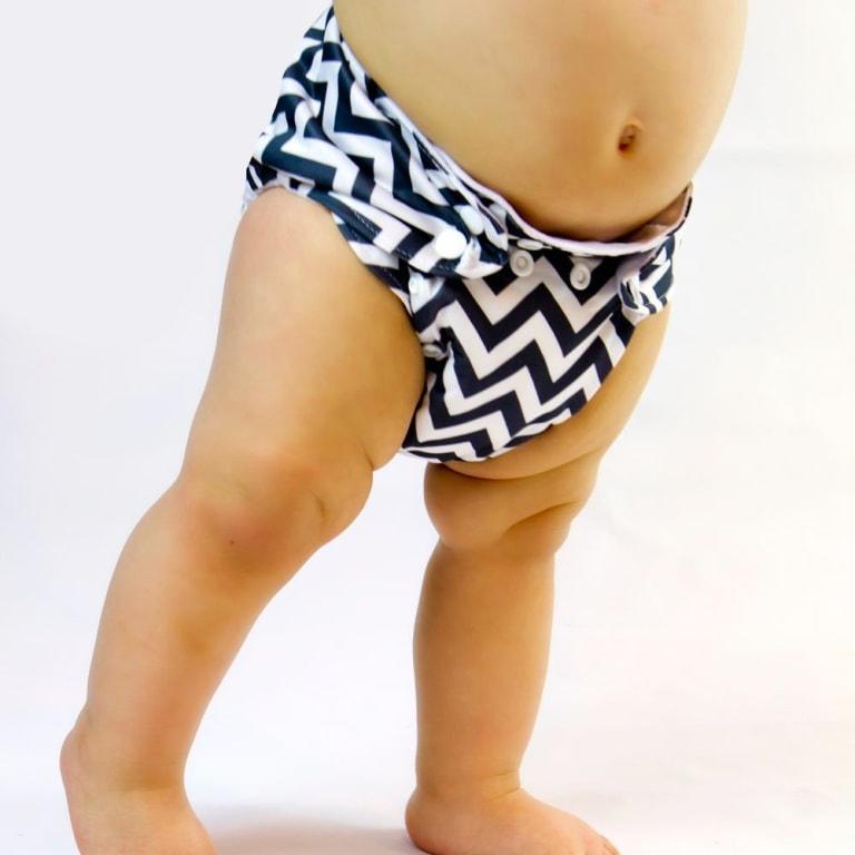 Cómo hacer un pañal de tela para bebé