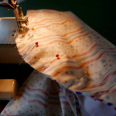 costura de laterales de la camisa
