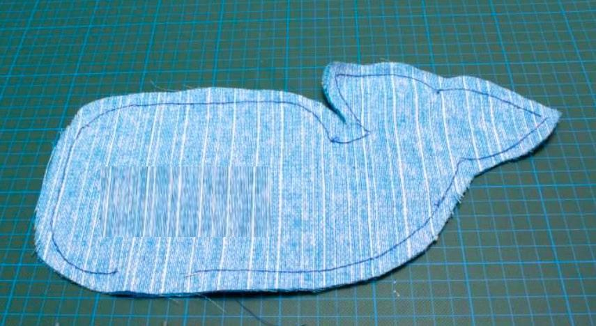 Costura de la tel para almohadón de ballena