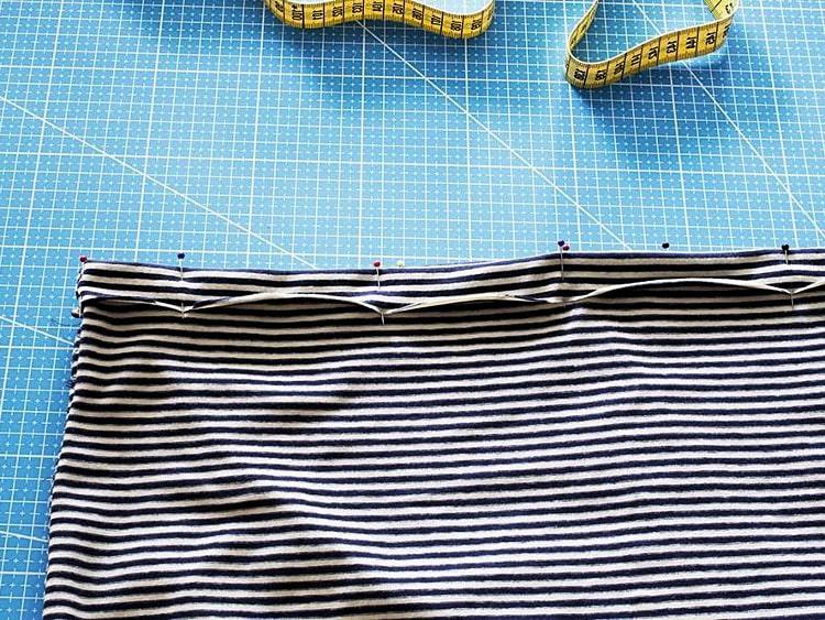 terminación de dobladillo inferior para falda de tela