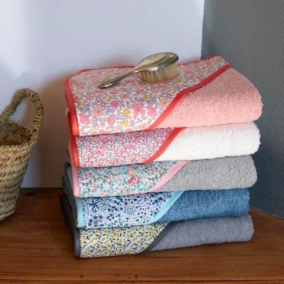 Cómo hacer una toalla con capucha para bebé en diez pasos