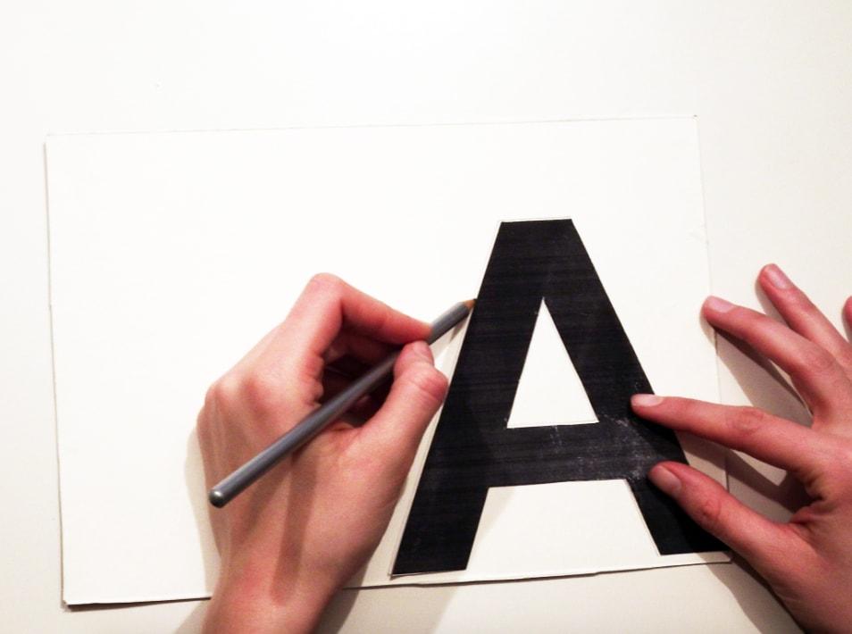 dibujo de letra para letra de tela