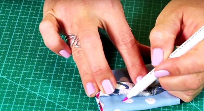 marcado y costura de velcro para funda de tela para cables
