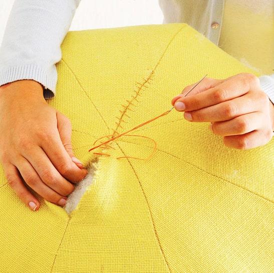 costura de agujero para puff de tela
