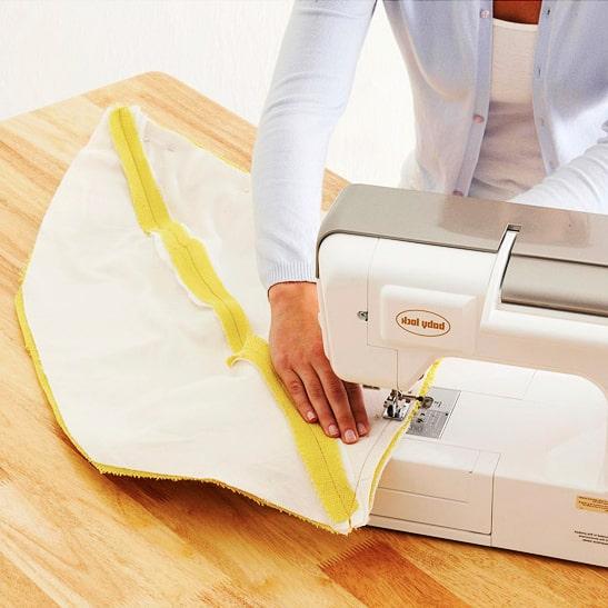 costura de telas a las piezas anteriores