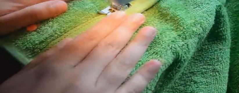 costura del dobladillo para capucha