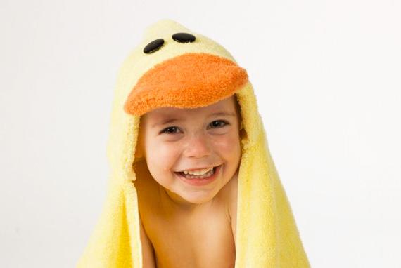 Cómo hacer una toalla con capucha en forma de animal.