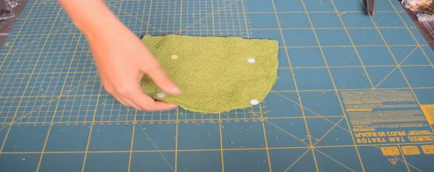 unión de las piezas de toalla
