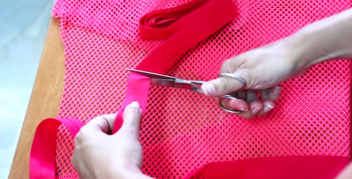 corte de cinta de cuello para vestido de tela
