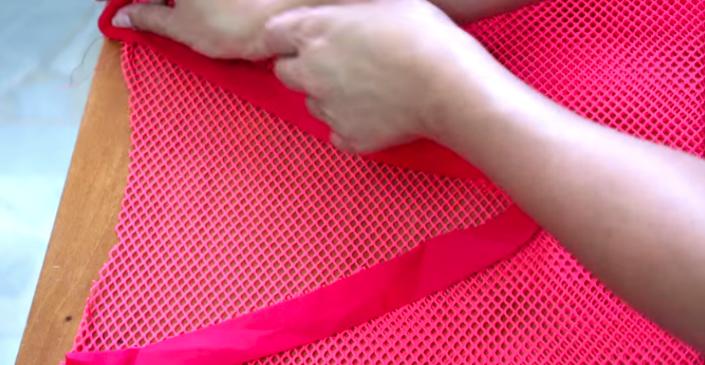diseño de cuello para vestido de tela