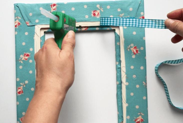 pegado de cinta para porta retrato de tela