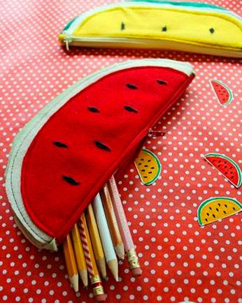 Cómo realizar una cartuchera de tela en forma de sandia.