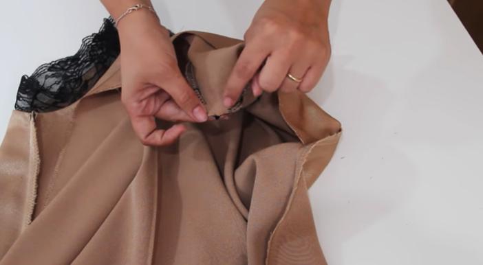 colocación de breteles para blusa lencera de tela