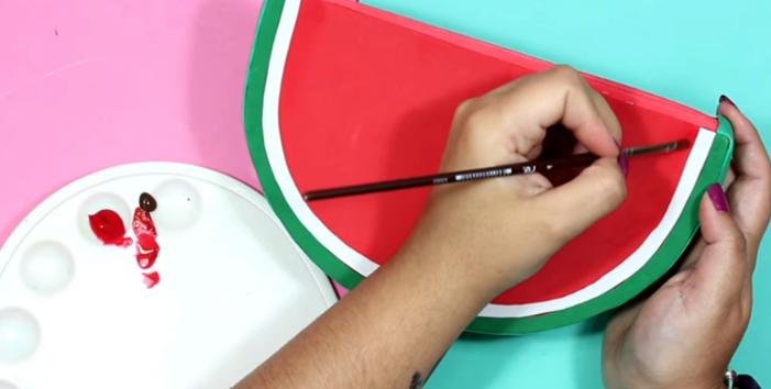 pintado de tela para cartuchera en forma de sandia