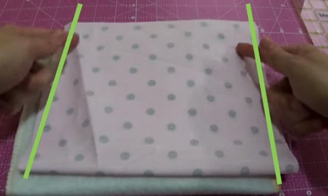 realización de bolsa interna para bolsita de tela para cuna