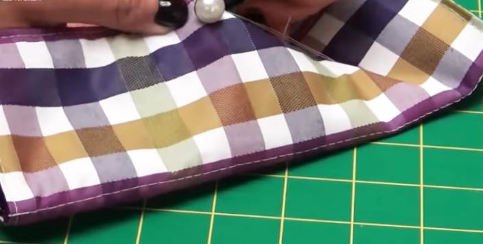 costura de botón para porta cubiertos de tela