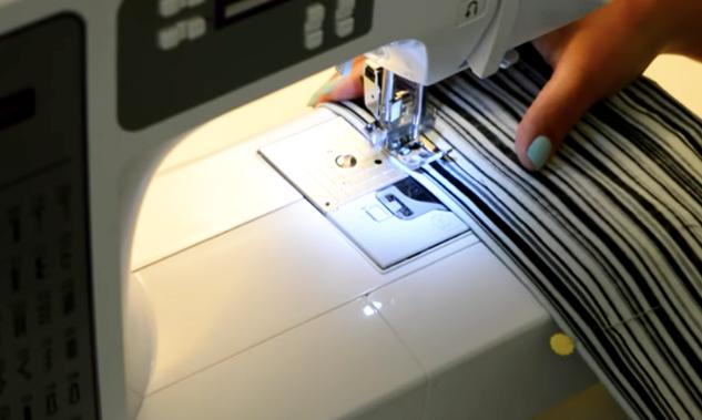 costura de dobladillo de rectángulos para organizador de zapatos de tela