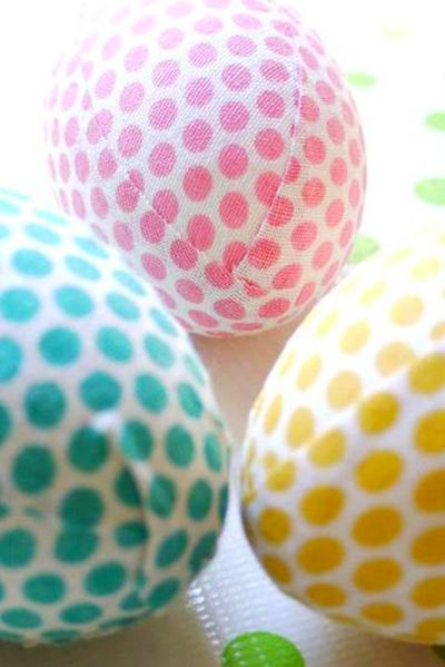 Cómo hacer un huevo de pascua de tela.