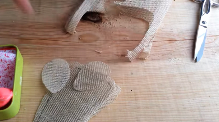 corte de orejas para ratoncito de tela