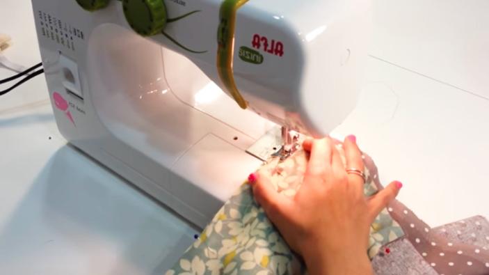 cosura de uniones de tela para funda de máquina de coser