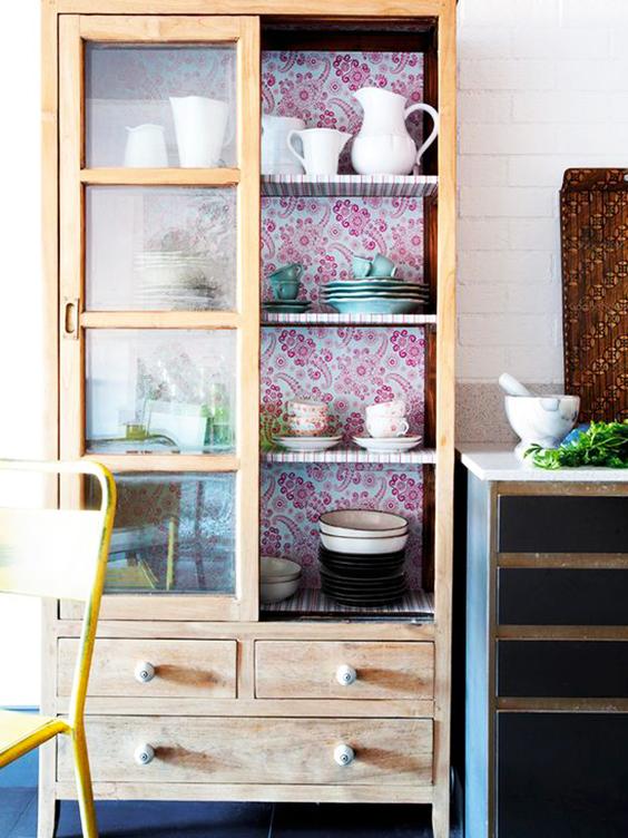 Cómo restaurar un mueble con tela.