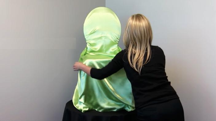acomodado de tela para funda de silla
