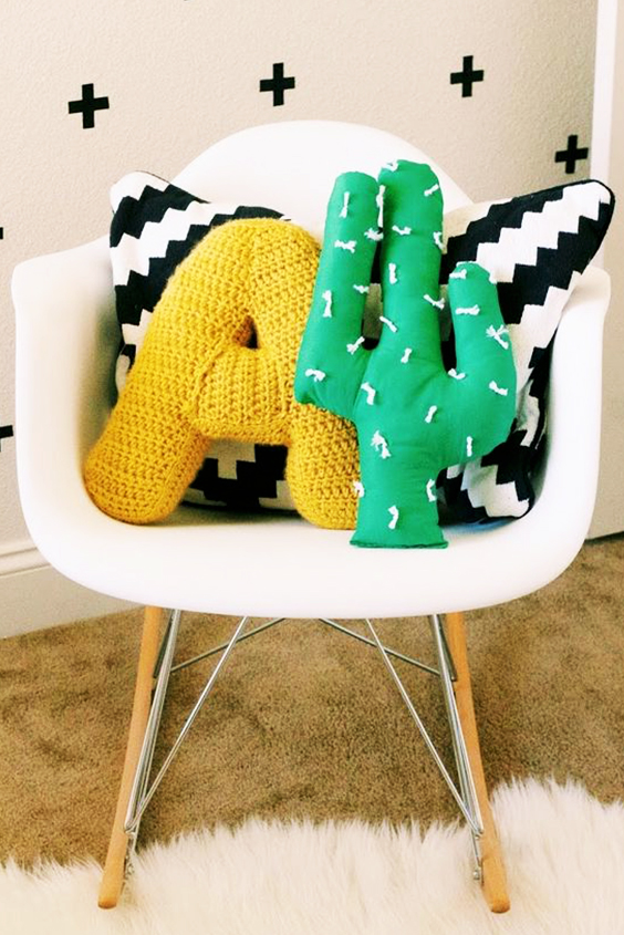 Cómo hacer un almohadón de tela en forma de cactus.