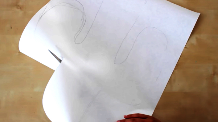 dibujo y recorte de cactus en cartulina para almohadón de tela