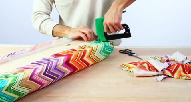 unión de pieza con tela para banco de madera con tela
