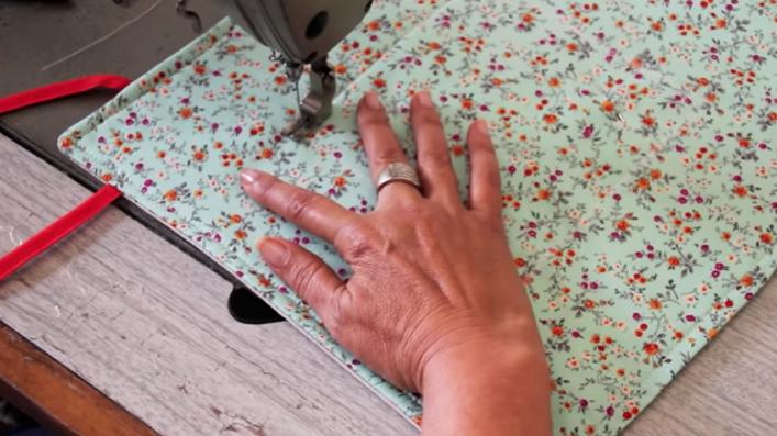 costura de cuadrado para panera de tela