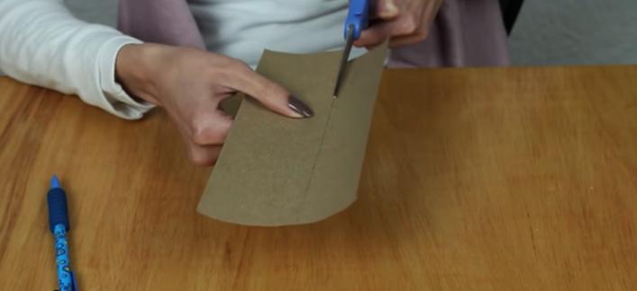 realización de tiras unificadoras para cartera de tela