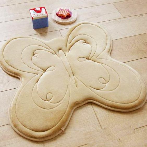 Cómo hacer una alfombra de tela en forma de mariposa.
