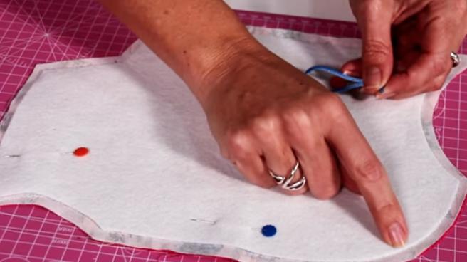 corte de cola de ratón para porta tijera de tela