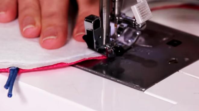 costura de uniones de piezas para porta tijera de tela