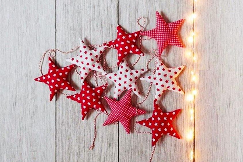 Cómo hacer una guirnalda de estrellas con tela.