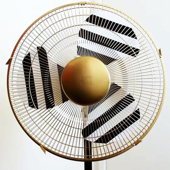 Cómo decorar un ventilador de pie con tela