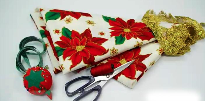 marcado y corte de tela para mantel navideño