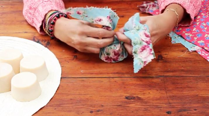 unión de tela sobrante para empaquetado japones de regalos