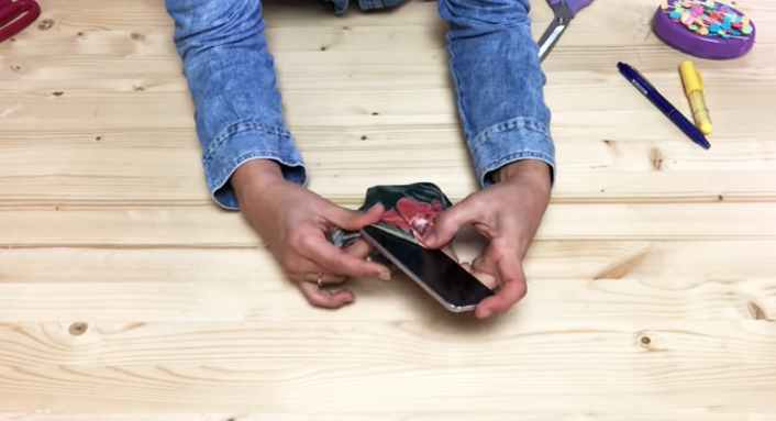 porta celular de tela para brazo terminado