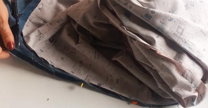 recorte de tela sobrante de base para cesto de juguetes