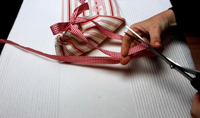 terminación de cinta decorativa para organizador de tela para bolsas de residuos