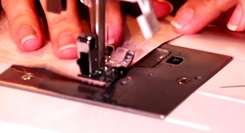 costura de uniones de tela para soporte de celular