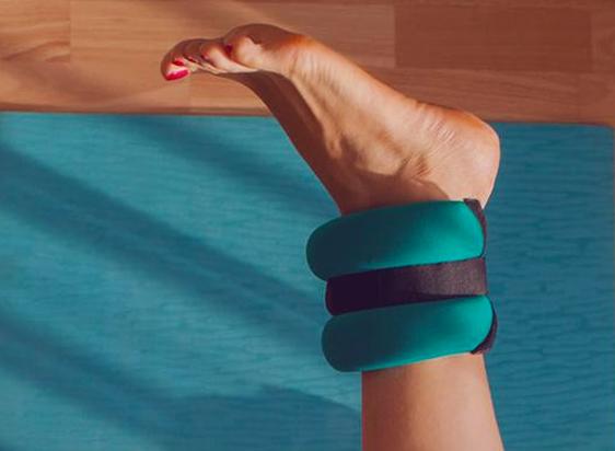 Cómo hacer pesas de tela para tobillos