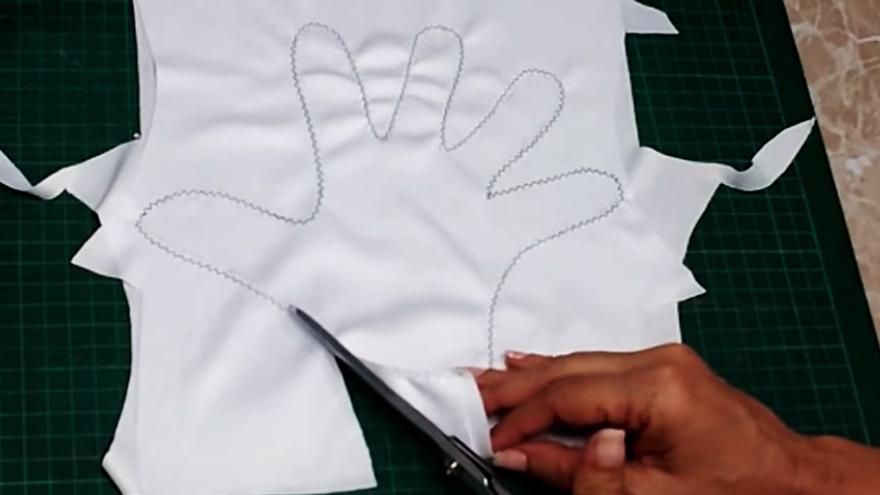 corte de sobrante de telas para guantes de protección contra coronavirus