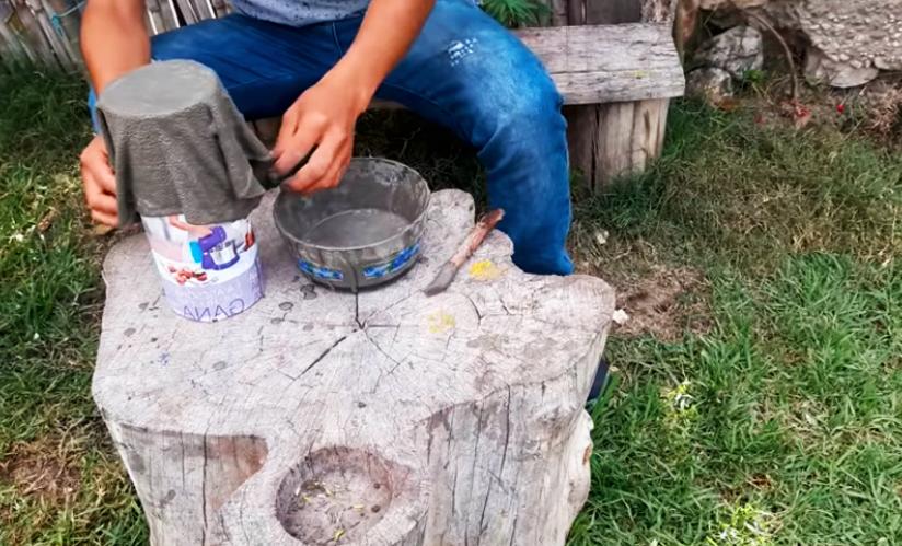 retira de tela y colocación en base para maceta de cemento