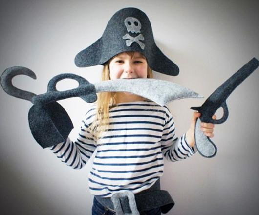 sombrero de pirata de tela Extratip