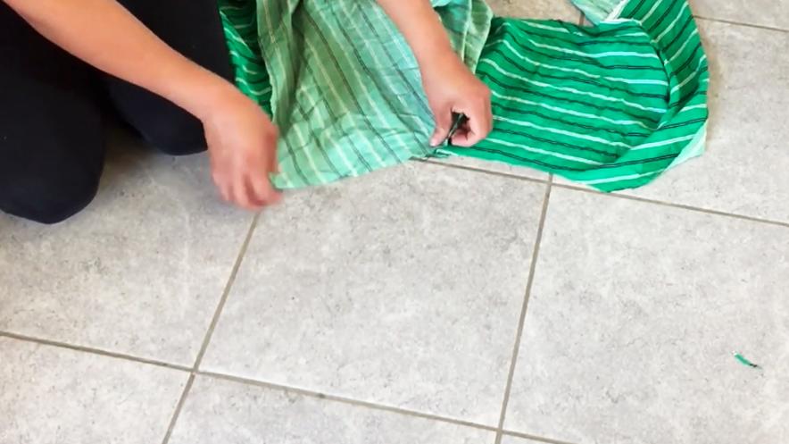 unión de tela de manga con pieza de tela para bata