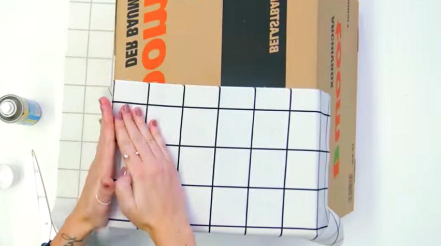 pegado de tela para forrado de caja